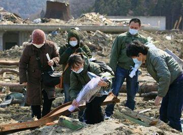東日本 大震災 死体